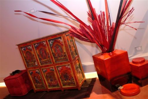 Show room di arredamento etnico e vintage arredamento for Vendita arredamento vintage