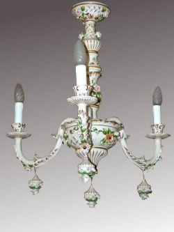 lampadario capodimonte : lampadario in porcellana di Capodimonte